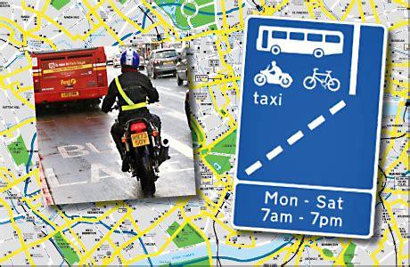 Motorrad London by Motorradfahrer In London D 252 Rfen Busspur Benutzen