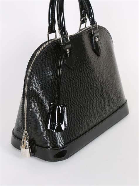Louis Vuitton Epi Leather Pm by Louis Vuitton Alma Pm Epi Leather Electric Noir Luxury