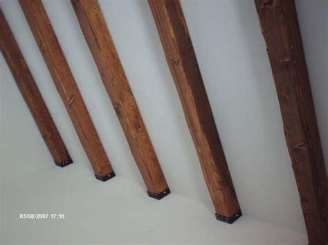 travi di legno per soffitti travi in legno massello o lamellari a soffitto segesta
