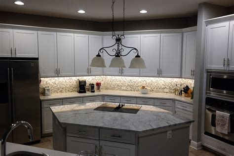 kitchen cabinets brandon fl re a door kitchen cabinets refacing in ta fl 33609