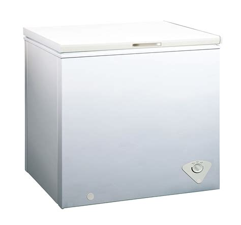 Chest Freezer In Garage by Best Chest Freezer For Garage Our Expert Reviews On