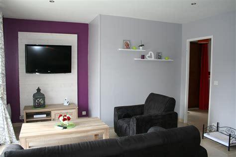 chambre blanc grise violette