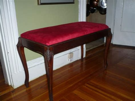 How To Reupholster A Piano Stool by Reupholstering A Piano Bench Gpeters