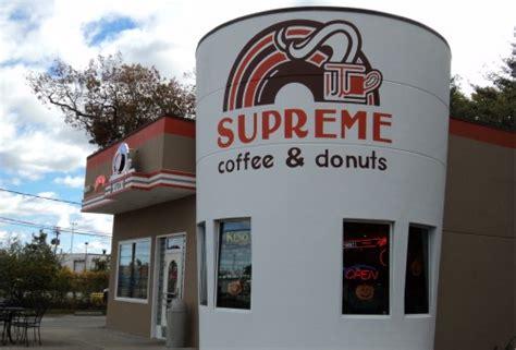 doughnut chains  rhode island whats  favorite  eats