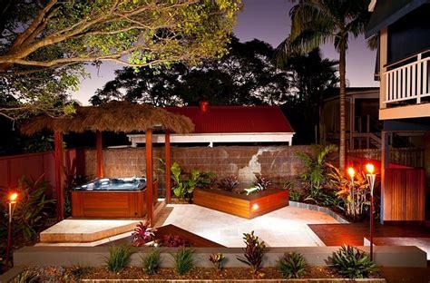 hot outdoor design trends  summer
