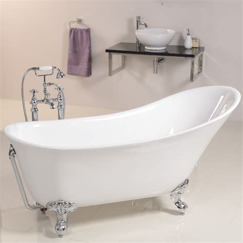 traditional bathtubs solar uno 1605 x 710 traditional slipper bath
