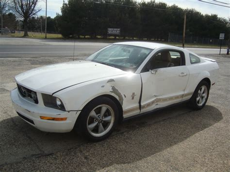 crashed mustang for sale 2007 ford mustang v6 shaker500 salvage rebuildable for sale