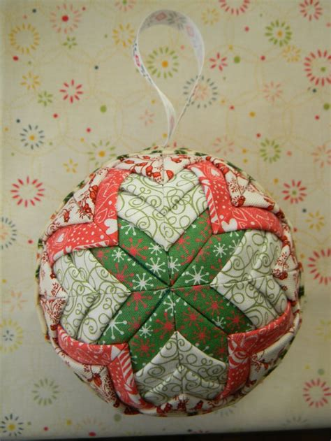 fabric covered styrofoam ball ornaments 1000 images about quilted ornaments on ornament fabrics and folded
