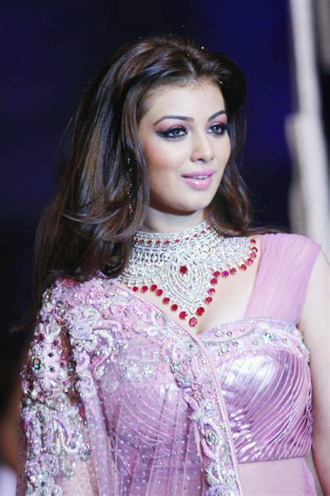 short hairstyles in saree ayesha takia short hairstyle in pink saree yusrablog com