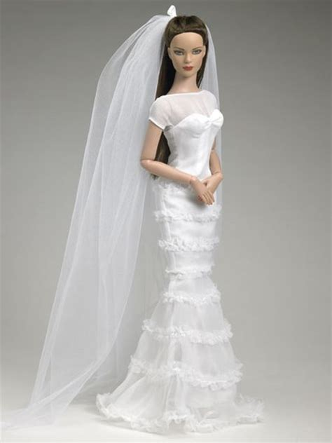r d fashion dolls and collectibles 17 best tonner brides images on dolls