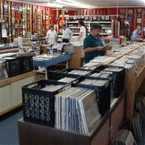 Mobile Alabama Records Mobile Records 18 Photos 13 Reviews Vinyl Records 140 S Ave Mobile Al