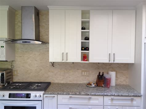 white shaker style cabinets the doorlemma shaker style vs raised panel premium