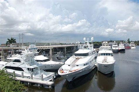 yacht jobs fort lauderdale 14 best yacht captain jobs images on pinterest yacht for