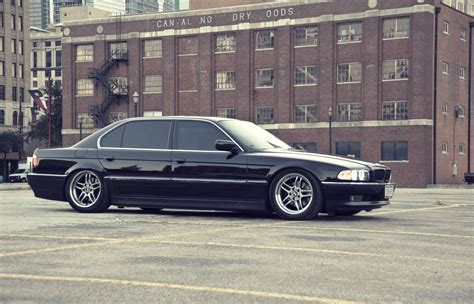 bmw hippie 4288x2759px 618747 bmw e38 2331 71 kb 19 02 2015 by