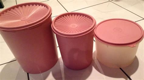 Tupperware Compact Canister 4pcs Pink Kuning vtg lot tupperware canisters pink dusty and 50 similar items