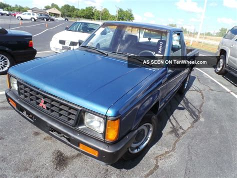 mitsubishi pickup mighty max 1990 mitsubishi mighty max pickup information and photos