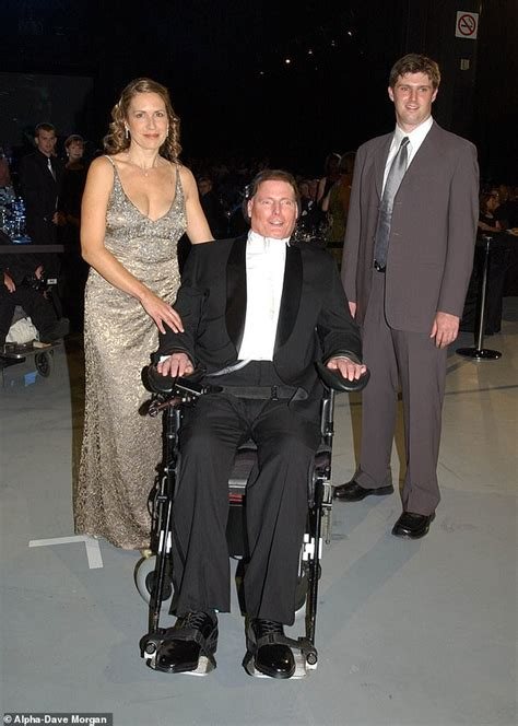 christopher reeve grandchildren christopher reeve s son reveals how his family helped