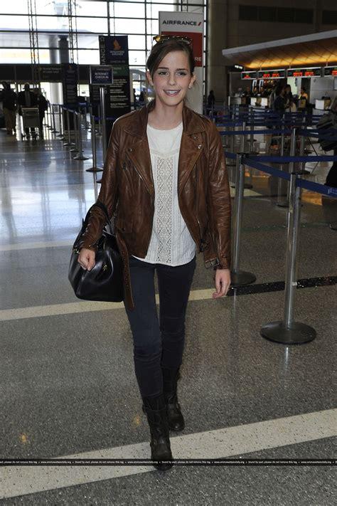 emma watson fashion emma watson street style at lax airport october 2013