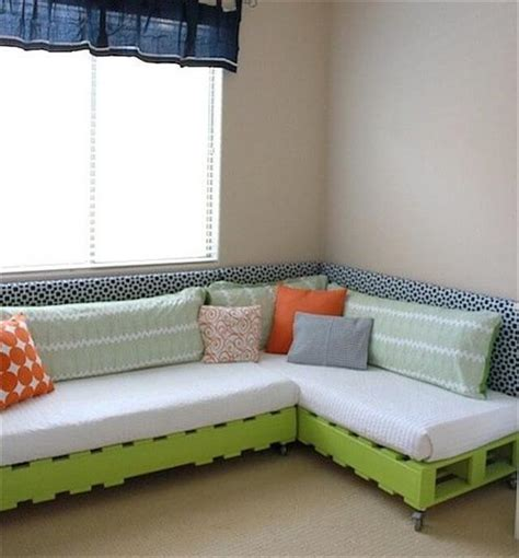 Build A Sofa Bed 10 Diy Simple How To Make A Diy And Crafts