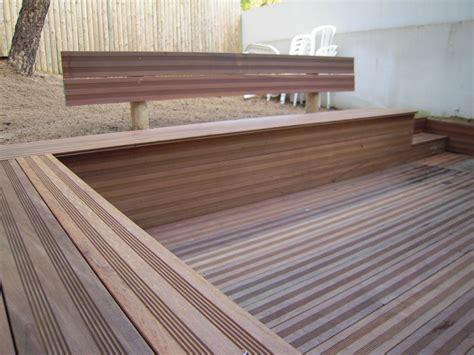 terrasse et bancs