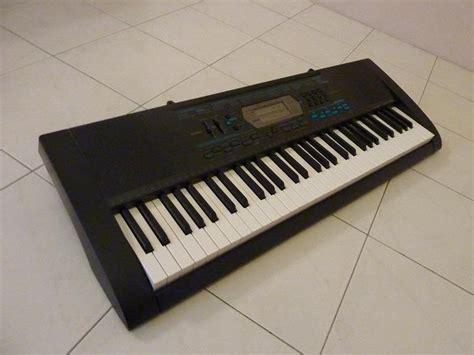 Keyboard Casio Ctk 2100 deadeye guitars casio ctk2100 keyboard