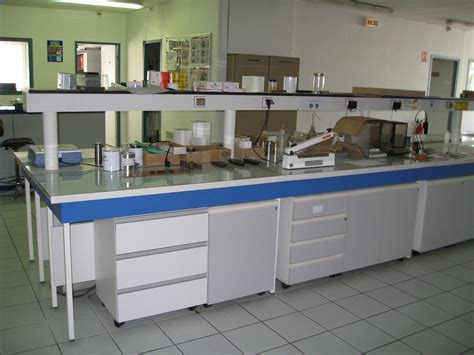 lab benches file laboratory bench3 jpg wikimedia commons