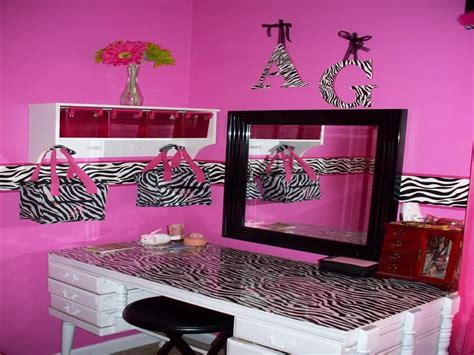 zebra print decor for bedroom bloombety sweet zebra room decorating ideas zebra room