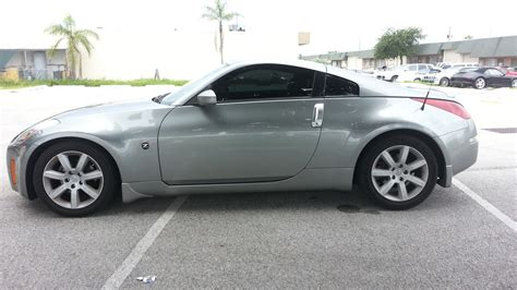Nissan 350z 2005 by 2005 Nissan 350z Pictures Cargurus