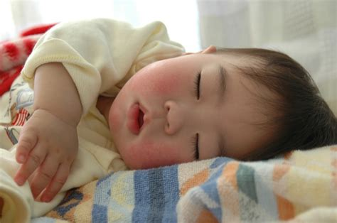 sleeping in asia sleep how to get your child to sleep longer
