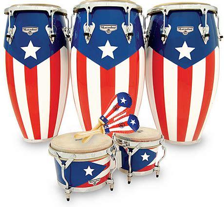 feliz navidad and a merry christmas puerto rican style