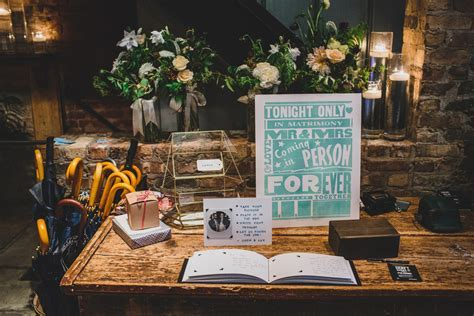 A wedding guest book filled with Polaroids ? linenlaid&felt