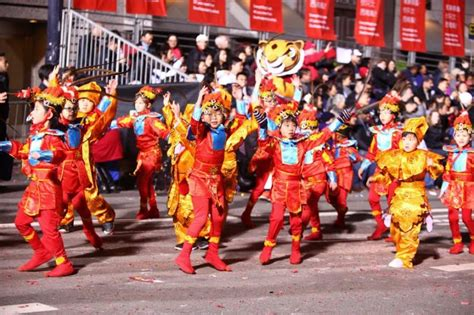 new year mini parade and flower market fair where to celebrate lunar new year in san francisco