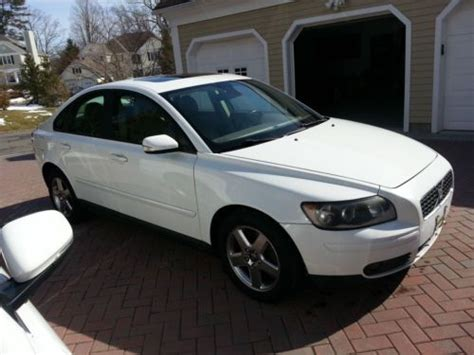 2006 volvo s40 t5 awd buy used 2006 volvo s40 t5 turbo awd all wheel drive