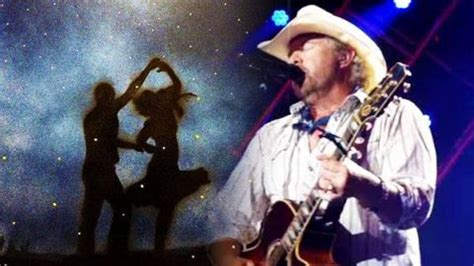 toby keith yellow rose toby keith dream walking video country rebel