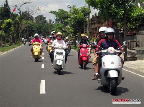 Modifikasi Vespa Bali by Vespa Weekender Vespanorama Bali Konvoi Bareng Vespa