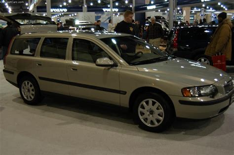 how to learn about cars 2003 volvo v70 windshield wipe control 2003 volvo v70 information and photos momentcar