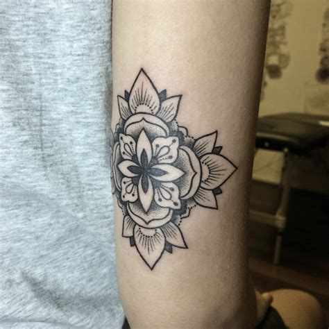 tattoo line work best artists in singapore