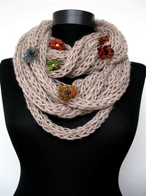 how to wear knit wraps how to wear finger knit scarf crafts fashion