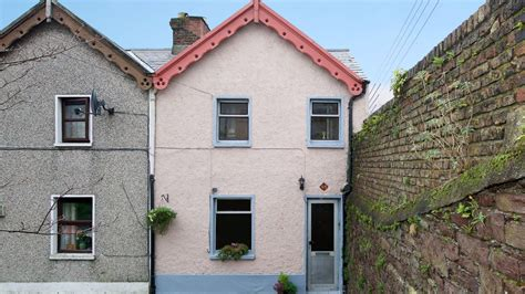 start out in a and cosy corner cottage ireland