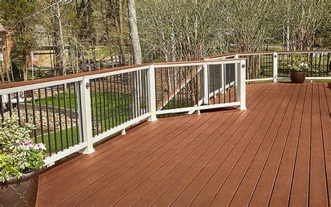 backyard beauty built  trex enhance decking