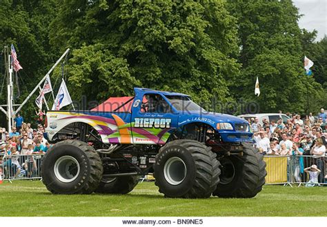 bigfoot 5 crushing monster trucks old pickup trucks stock photos old pickup trucks stock