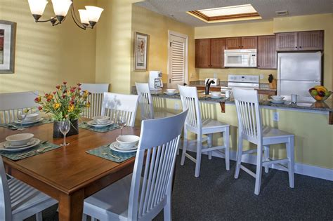 hilton head hotels 2 bedroom suites bluewater resort and marina on hilton head island