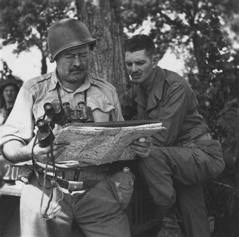 hemingway at war ernest hemingway s adventures as a world war ii correspondent books eh6891p ernest hemingway in europe during world war ii