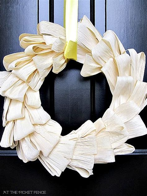 corn husk crafts for 17 best ideas about corn husk wreath on husk