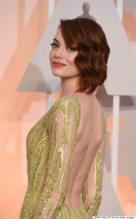 how old is actress emma stone emma stone brings her mom as her date to the oscars huffpost