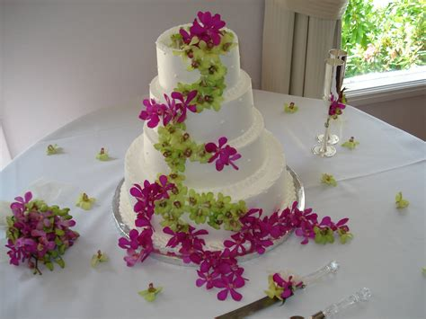 Flowers For Wedding Cakes by Wedding Cakes Pictures Green Orchid Wedding Cakes