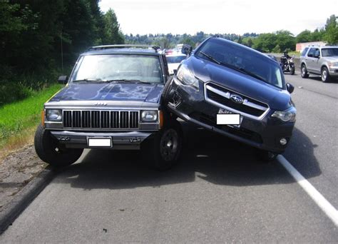 subaru washington state road rage in kent subaru strikes jeep three times the