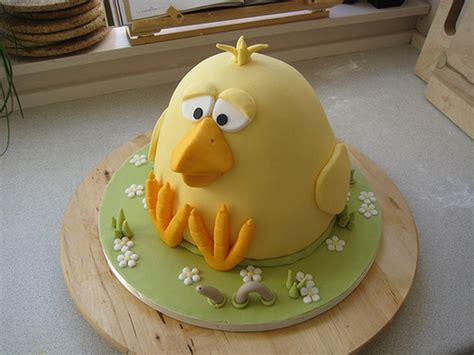 cute easter cake and cupcake decorating ideas family holiday net guide to family holidays on