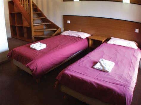 bedroom bound clubhotel piolet in les menuires ski resort skibound