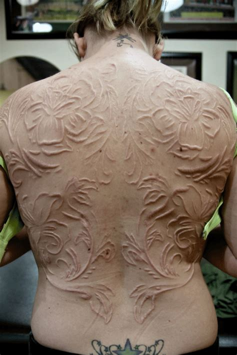 top 1o incredible body modifications smashing tops